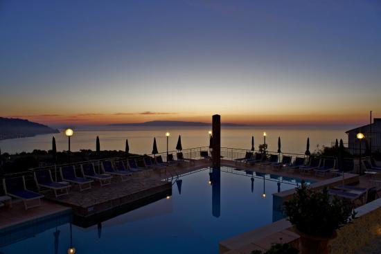 Sirius Hotel: piscina