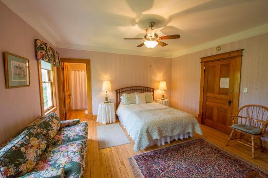 Snowbird Inn B & B: Snowbird Inn guest room