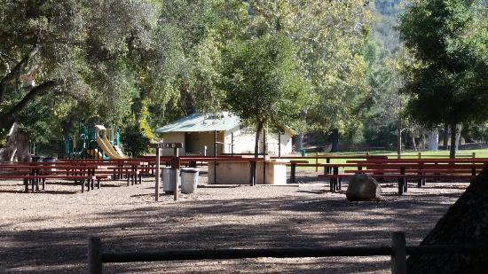 Nojoqui Falls Park: Picnic tables, play area, playing field and restrooms