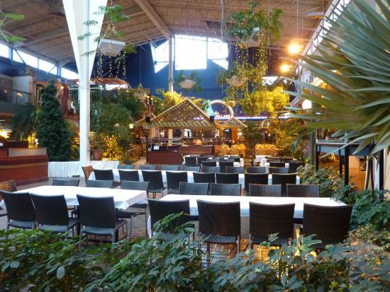 Restaurant de l 39 h tel photo de h tel qu bec inn qu bec for Chambre hote quebec