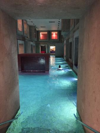 Int rieur picture of rimske terme hotel rimske toplice for Hotel interieur