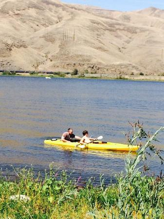Clarkston, WA: Jet Ski's, Paddle Boards, 5 Person Pedal Boats, Kayaking, Bicycles, Snowmobiles, Tubes, Wake and