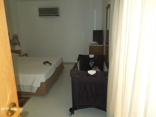 Hotel Apartamentos do Golf : The room