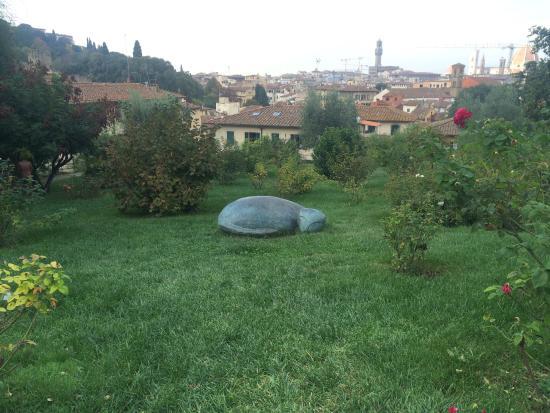 Foto di folon e il giardino delle rose firenze tripadvisor - Il giardino delle rose ...