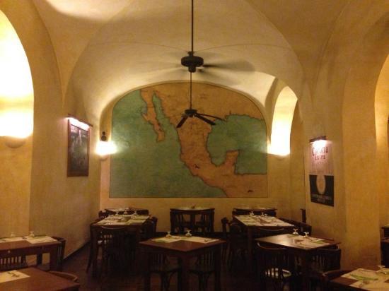 Joe's Cantina: sala