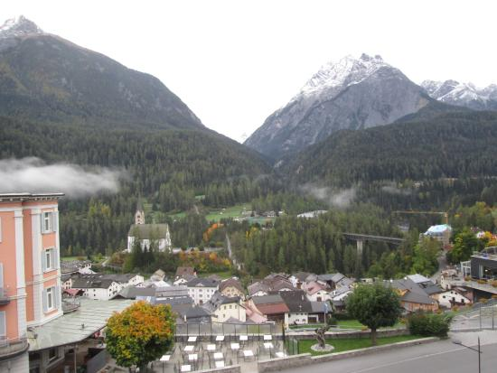 Bogn Engiadina Scuol: View from the hotel