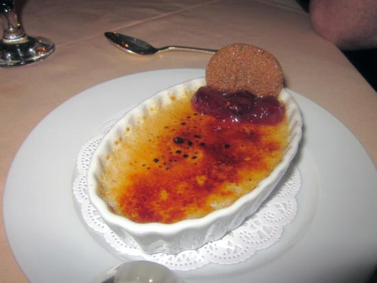 The Farmhouse At Turkey Hill: Fall Spice Brulee with Gingersnap