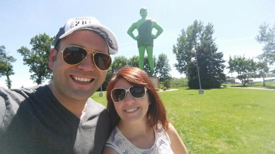Blue Earth, MN: ho ho ho, green giant.