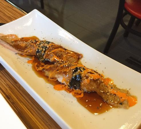 Kikaku Sushi Bar: photo0.jpg