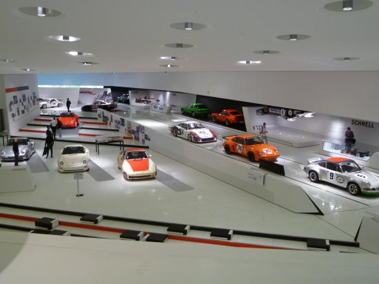 museu porsche stuttgart picture of porsche museum. Black Bedroom Furniture Sets. Home Design Ideas