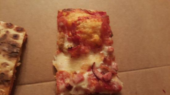 Grosse Pointe, MI: Poor service and today the quality was off. This is a $29 pizza. The owner was extremely rude.