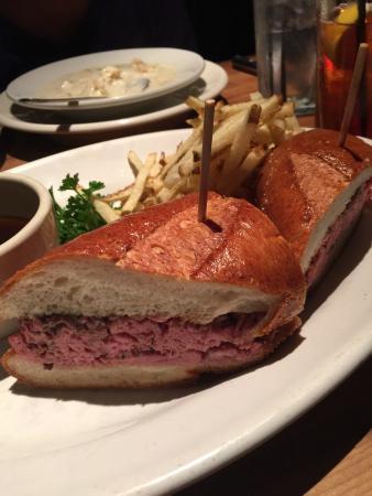 Houston's: prime rib sandwich