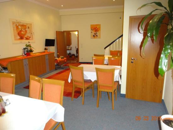 Hotel Keiml: Breakfast room
