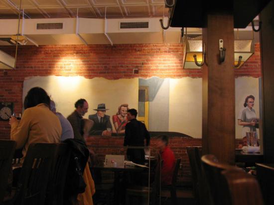 Chelsea, MI: Hopper-like mural