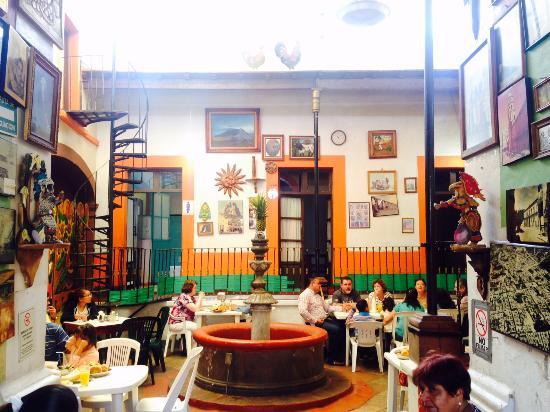 Bisquets queretaro queretaro city restaurant reviews for Hotel luxury queretaro