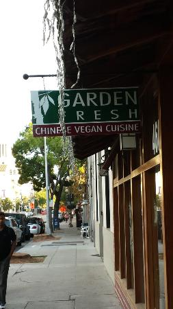 Garden Fresh Chinese Vegetarian Cuisine: Sign