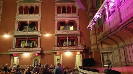 Troy Savings Bank Music Hall: Interior