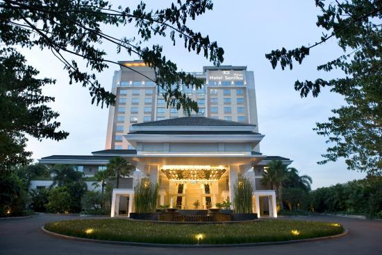 โรงแรมซานติก้า พรีเมียร์ จาการ์ตา