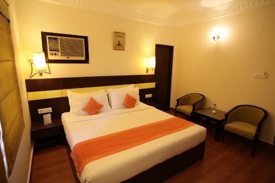 RnB Select Jaipur: Premium Room