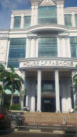 House of Fashion