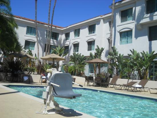 hilton hotel sanpedro por picture of doubletree by. Black Bedroom Furniture Sets. Home Design Ideas