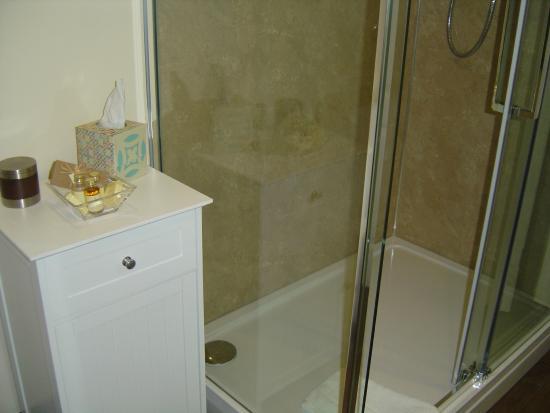 Loe Lodge : Bathroom