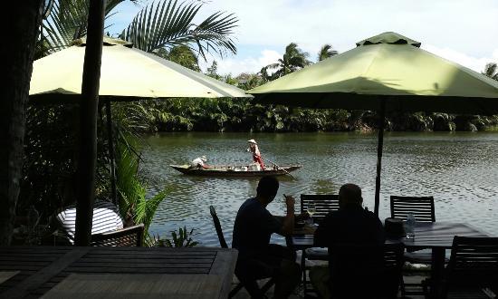 Riverside Garden Restaurant: A lovely day!