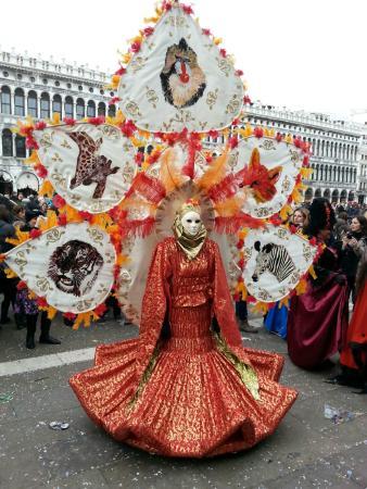 Ca'Contarini 3026: Venice Carnaval