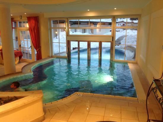 Hotels foto di hotel greif th resorts corvara in - Hotel corvara con piscina ...