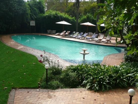 Sunnyside park hotel gardens fotograf a de sunnyside park for 32 princess of wales terrace parktown