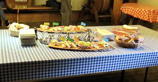 Moleson, Ελβετία: the trays of hors d'oeuvres set out for us