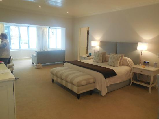 The Last Word Franschhoek: Spacious suit with pool
