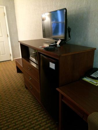 Econo Lodge Sturbridge: TV worked just find.