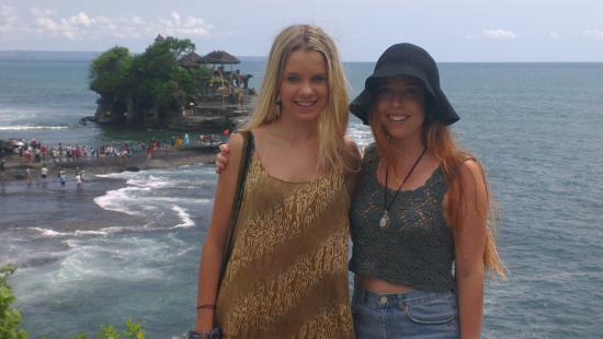 Tanah lot Temple by Ponk Bali Horizon Tours