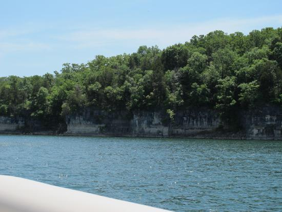 North Of The Damn Where Table Rock Approaches The Arkansas Border - Best place to stay on table rock lake missouri