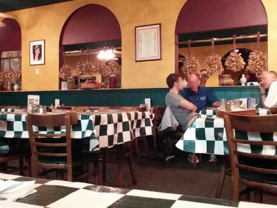 Ninette S Italian Restaurant Dining Room
