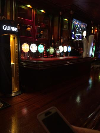 McHughs Bar: Great place for a pint.