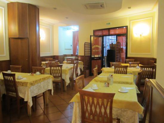 Hotel Hiberia: Hiberia Hotel Breakfast Room