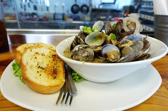 Bay City, Oregón: Steamed clams