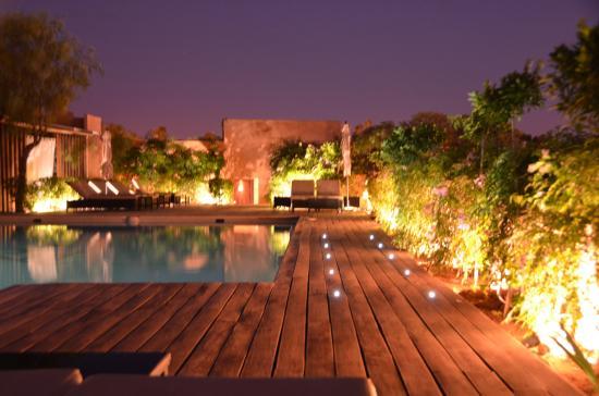 Les Jardins de La Koutoubia: vue de la piscine en terrasse
