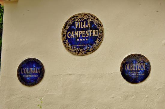 Villa Campestri Olive Oil Resort: Eingangsschild