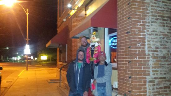 Sweets Hotel Restaurant & Bar