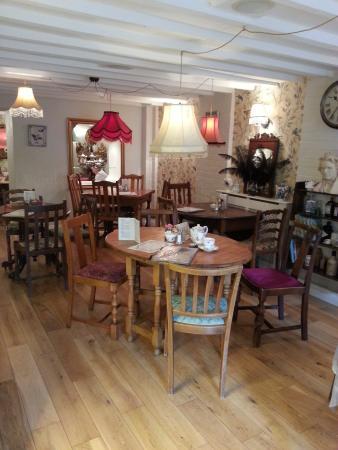 Rusty Shears Tea Room