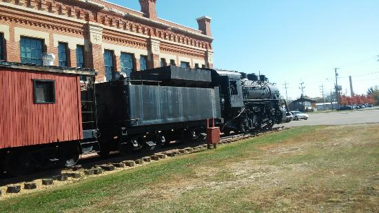 Amboy Depot Museum