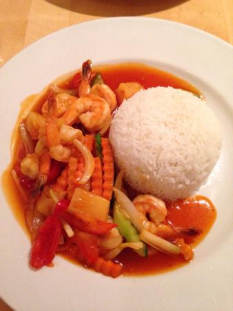 Yum Yum Thai: Sweet & Sour Prawns (1) & Duck Red Curry (21)