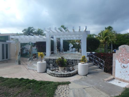 outdoor jacuzzi!  Picture of Sol Cayo Coco, Cayo Coco  TripAdvisor # Cuba De Banheiro Jacuzzi