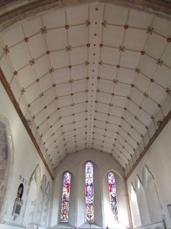 Lydd, UK: Tudor rose ceiling pattern