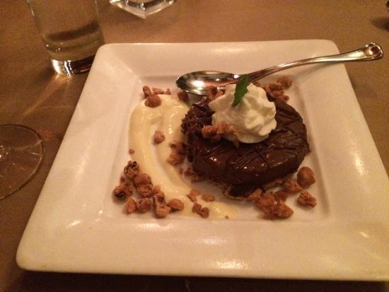 Truro, Μασαχουσέτη: Chocolate and candied walnuts
