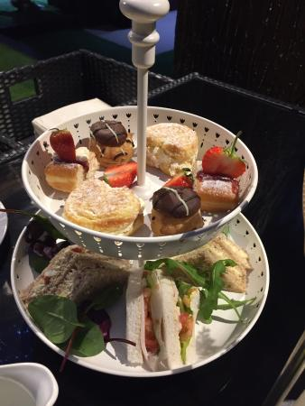 Dream Water Lounge: afternoon tea