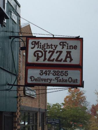 ‪Mighty Fine Pizza‬